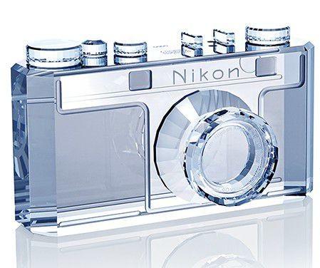 Réplique en cristal du Nikon I