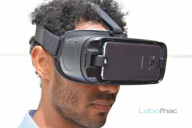 Test Samsung Gear VR with Controller