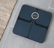 Fitbit renouvelle sa balance connectée Aria