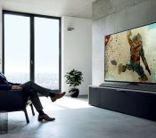 IFA 2017 – Panasonic annonce son téléviseur OLED géant, l'EZ1000 de 77 pouces