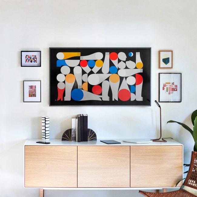 test labo du samsung ue55ls003 la tv qui se d guise en. Black Bedroom Furniture Sets. Home Design Ideas