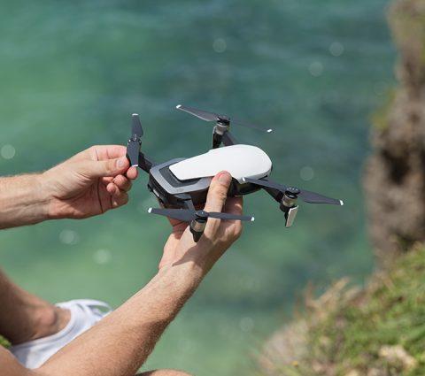 Une formation est désormais obligatoire pour piloter de gros drones