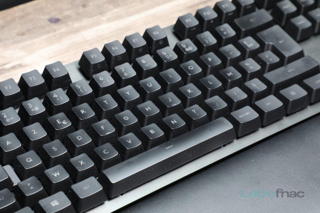 Logitech G513 3