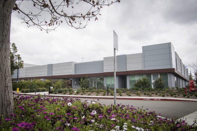 Usine dans laquelle Apple développe ses écrans MicroLED en Californie © Bloomberg