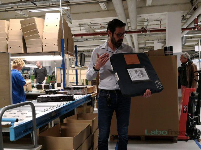 Un conditionnement développé avec Chronopost permet d'envoyer les appareils sans leur carton d'origine. © Laure Renouard / LaboFnac