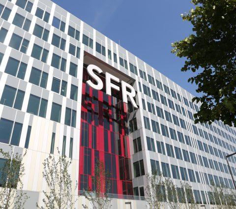SFR affiche des résultats en baisse, mais repasse devantFree sur le mobile