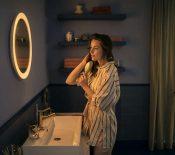 Philips Hue : l'éclairage connecté arrive dans la salle de bain avec le miroir Adore