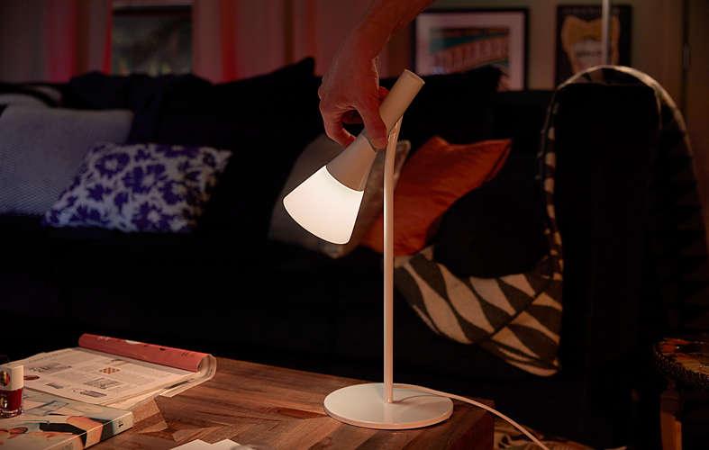 Philips hue fait le plein de lampes dintérieur et dextérieur