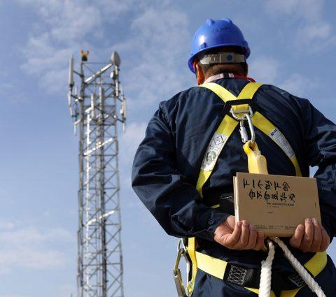 Huawei : le gouvernement «n'a rien de précis à reprocher» au géant chinois