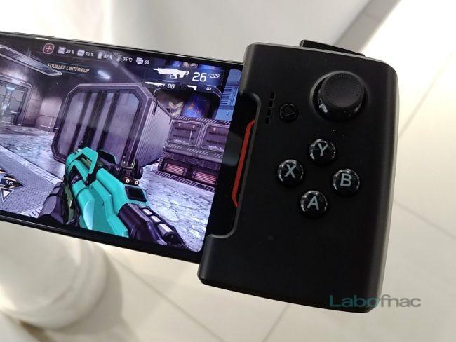 ROG Phone + Gamevice © LaboFnac