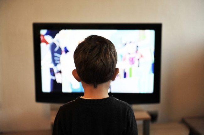 Télévision écrans enfants