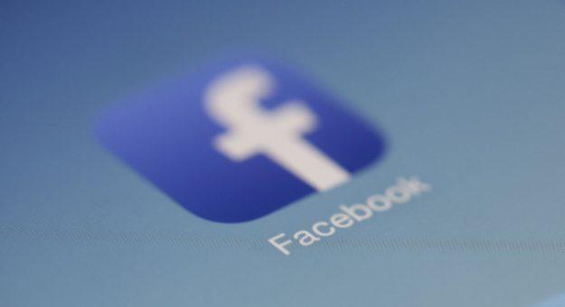 Facebook : le nombre d'utilisateurs recule pour la première fois en France