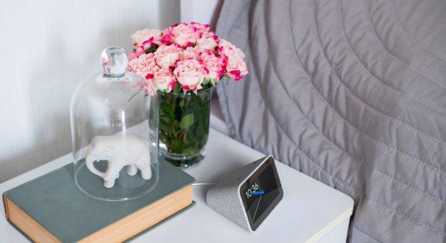CES 2019 – Lenovo Smart Clock : un réveil matin doté de Google Assistant