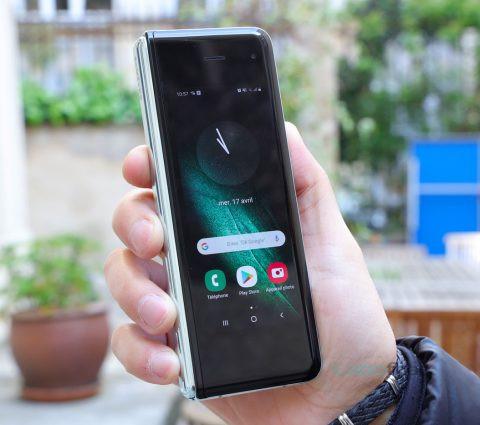 Galaxy Fold : le lancement du smartphone pliable de Samsung est repoussé