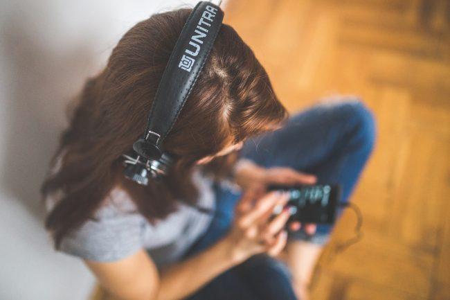 Casque audio, écouter musique