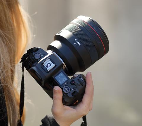 Canon RF 85mm F1.2L USM : nouvelle référence pour le portrait ?