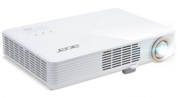 Acer lance quatre vidéoprojecteurs, dont deux «mobiles»