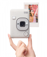 Prise en main du Fujifilm Instax Mini LiPlay : découverte de l'instantané numérique au format mini