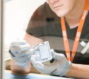 Fnac Darty investit dans la réparation des smartphones !