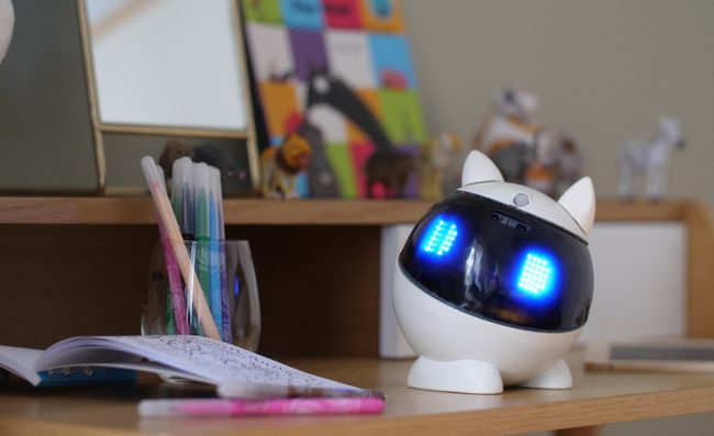 Winky robot éducatif