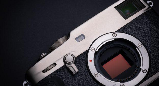 Fujifilm X-Pro 3 : l'hybride compact fait peau neuve