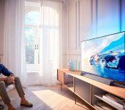 Soldes d'été 2020 – Le Philips 65OLED934 à 2199 euros au lieu de 3199 euros