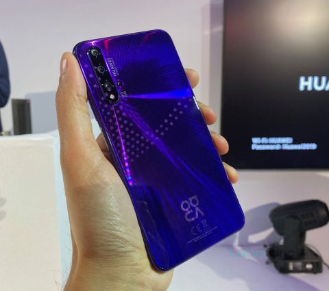 Nova 5T : Huawei rhabille le Honor 20 pour profiter des services Google