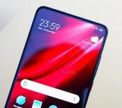 Les fabricants chinois de smartphones s'allient contre le Google Play Store