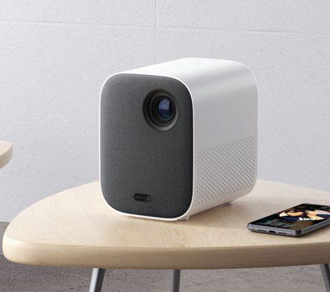 Xiaomi lance son Mi Smart Compact Projector en France