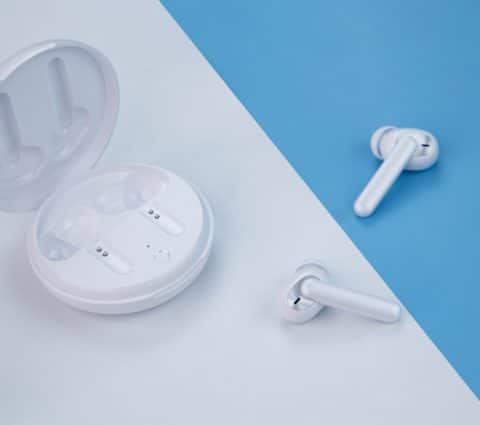 Enco W31 : Oppo lance en France ses écouteurs true wireless (très) abordables