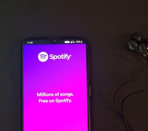 Spotify déploie son offre de podcasts vidéo pour rivaliser avec YouTube