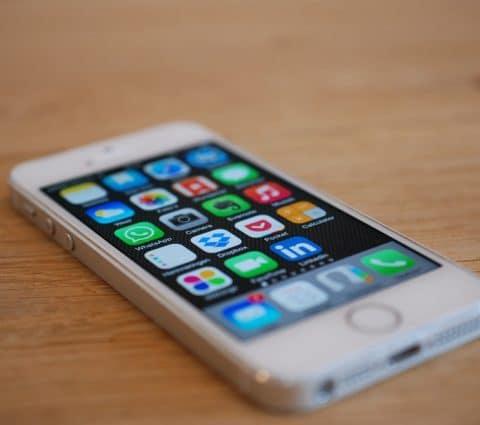 iOS 12.4.9 : l'iPhone 5s reçoit une mise à jour sept ans après sa sortie
