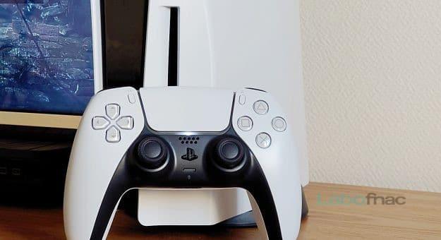 PlayStation 5 & manette DualSense