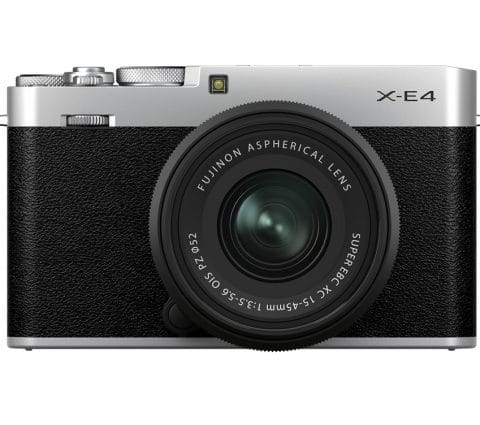 Fujifilm X-E4 :un hybride de poche pour relancer la gamme X-E