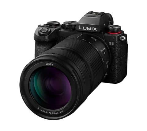Panasonic présente le Lumix S 70-300 mm f/4,5-5,6 : de la macro au zoom
