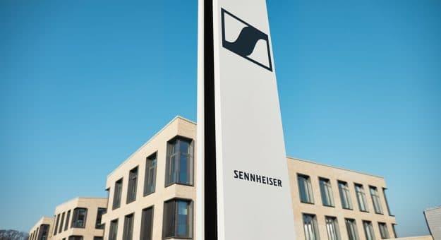 La division grand public de Sennheiser passe aux mains d'un spécialiste des aides auditives
