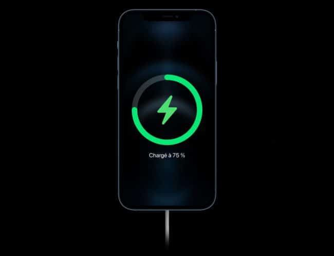 Apple iPhone 12 charge