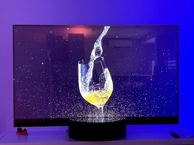 Xiaomi Mi TV LUX Transparent Edition