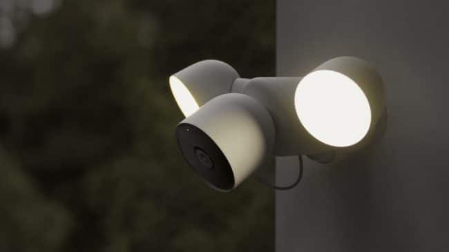 LaNest Cam with floodlight sera prochainement disponible © Google