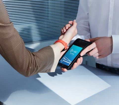 Xiaomi MiSmart Band6 NFC: lebracelet ajoute lepaiement sanscontact