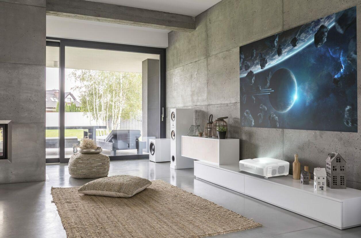 Acer L811, un nouveau projecteur à ultra-courte focale