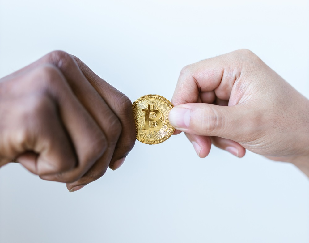 Deux hauts responsables de la BCE mettent en garde contre le Bitcoin