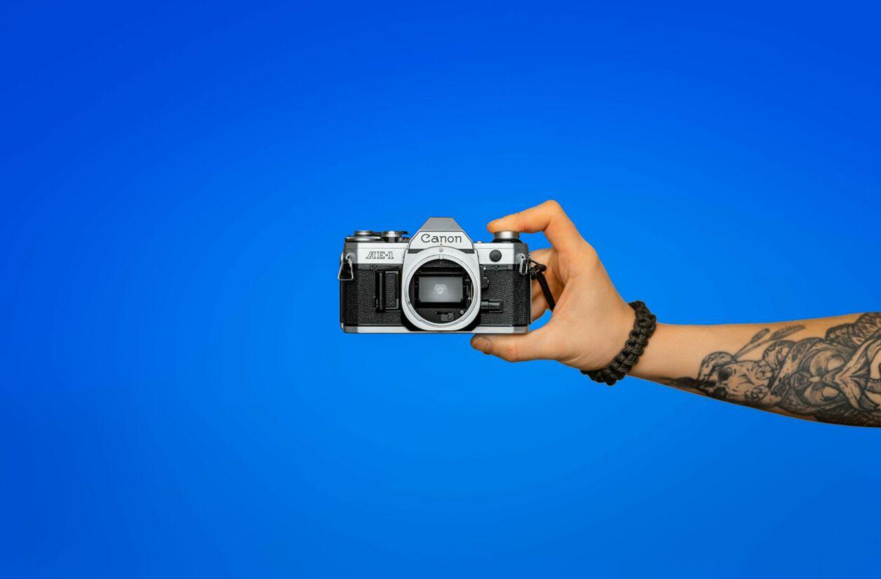 Le Canon ae 1.