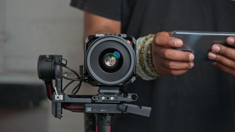 Panasonic Lumix BS1H : une caméra compacte avec capteur plein format pour les pros