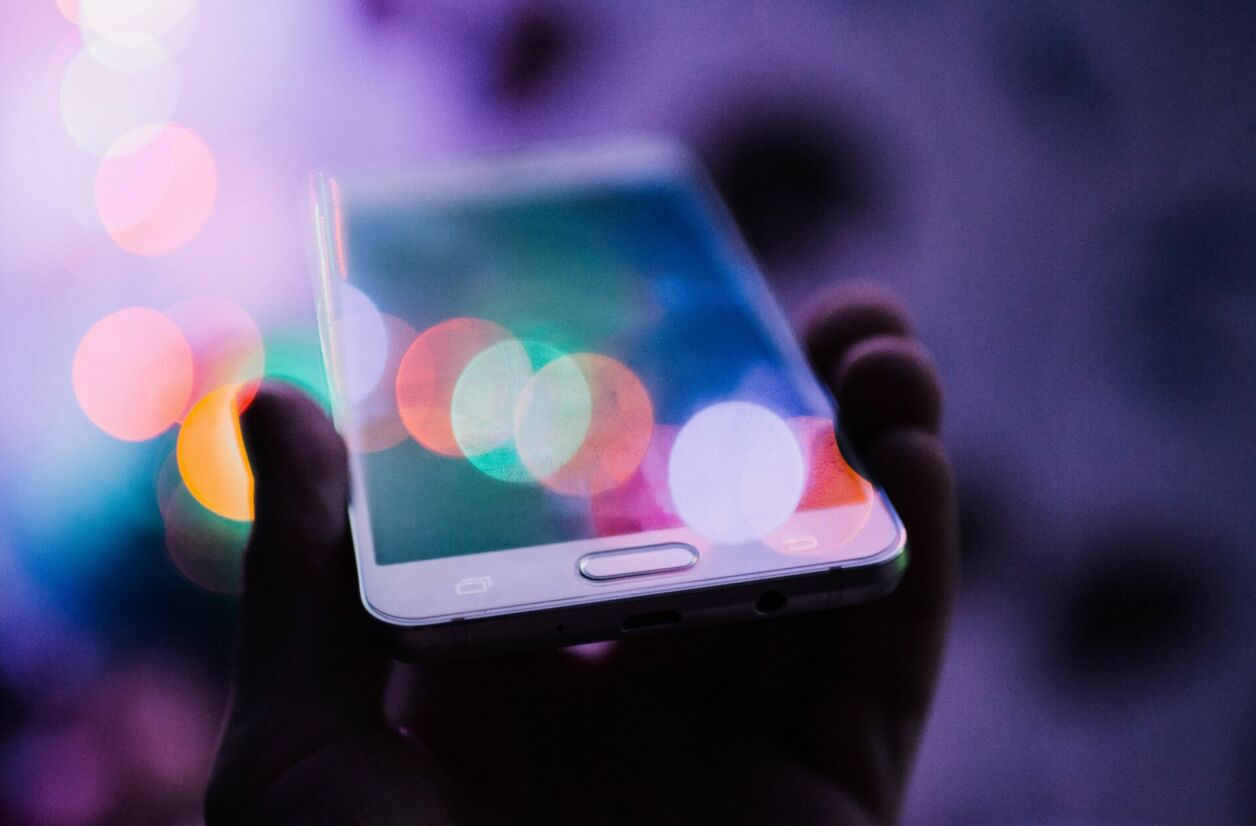 Les fabricants de smartphones rivalisent d'ingéniosité pour simuler la profondeur de champ de façon convaincante.
