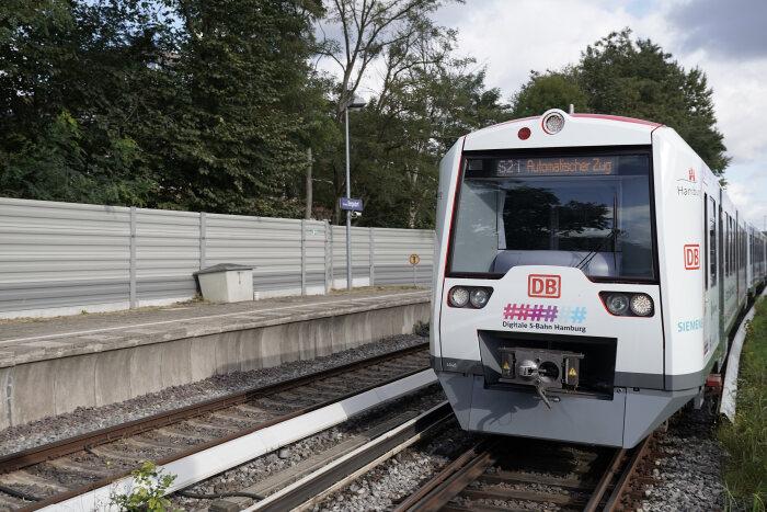 Les premiers trains autonomes accueilleront des passagers en décembre.