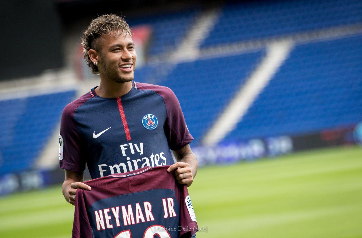 Après le PSG, c'est TCL qui se paye Neymar Jr