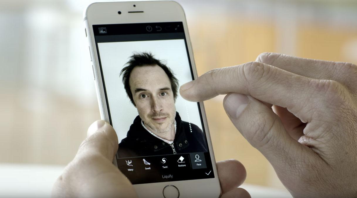 Avec son intelligence artificielle, Adobe travaille à rendre vos selfies parfaits