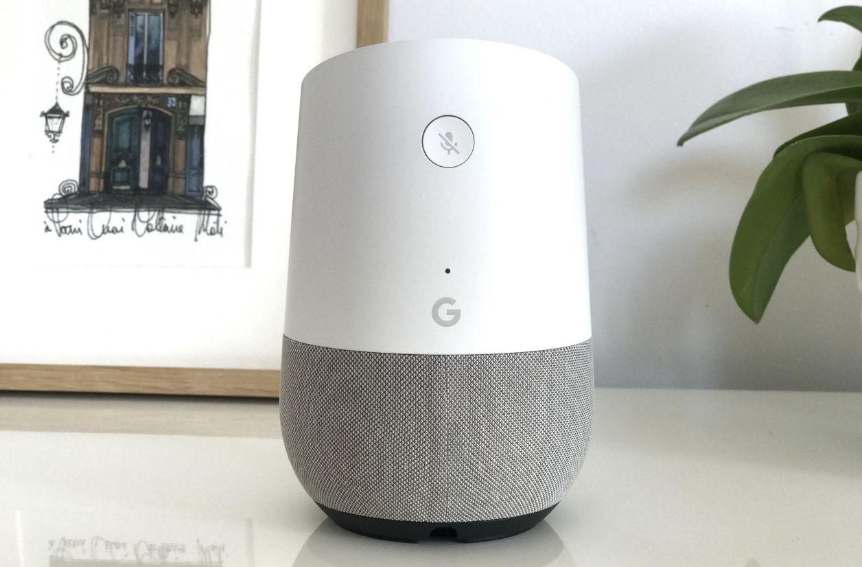 Google Home s'offre une voix masculine et un mode nuit
