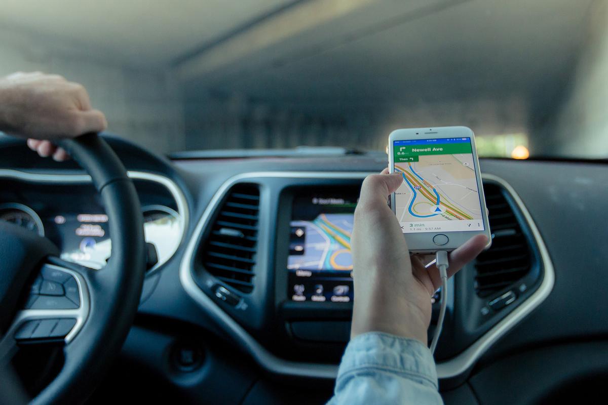 Google Mapspourrait bientôt s'inspirer de Waze et signaler les radars